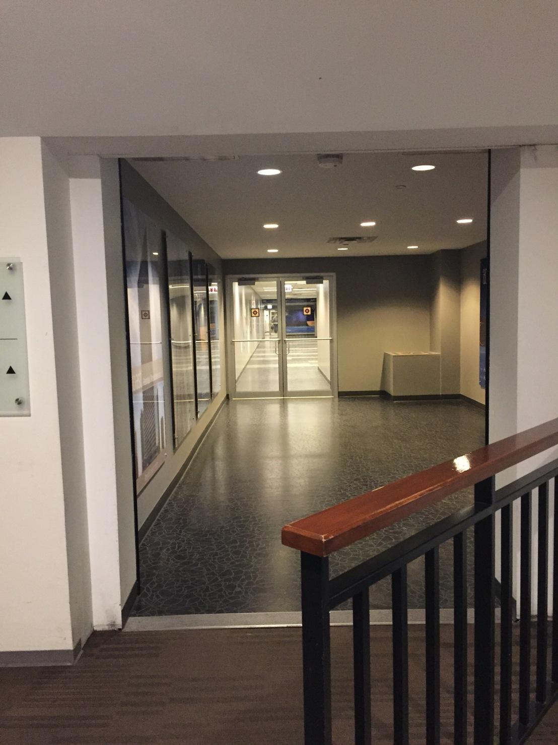 which-way-hotel walkway