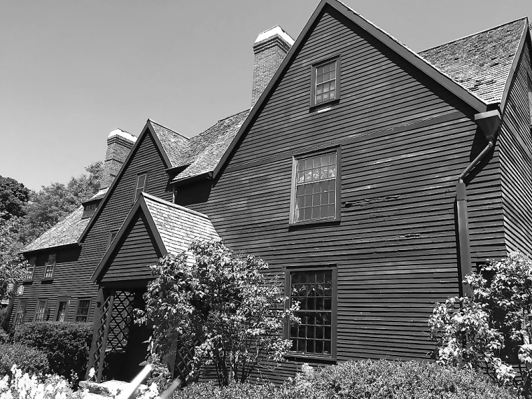 bw house of the seven gables